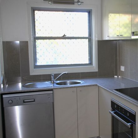 Rent this 2 bed apartment on 1/63 Gloucester Street