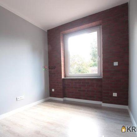 Rent this 3 bed apartment on wybrzeże Józefa Conrada-Korzeniowskiego 17 in 50-226 Wroclaw, Poland