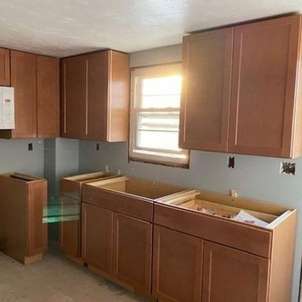 Rent this 2 bed apartment on 5 Richmond Street in Blackstone, MA 02895