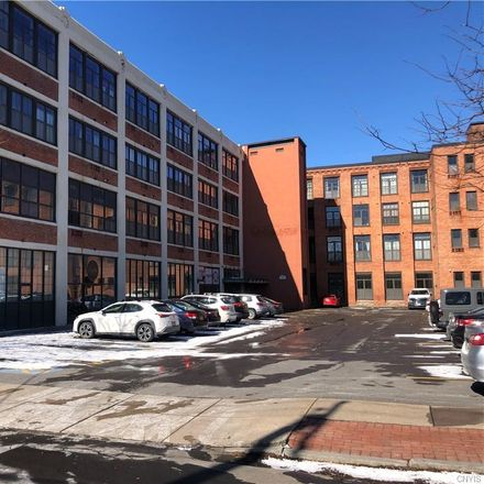 Rent this 2 bed apartment on J.Luxe Salon in 210 West Division Street, Syracuse