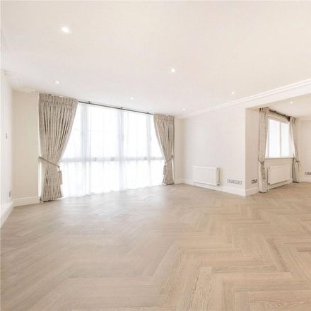 Rent this 3 bed apartment on Westfield in 15 Kidderpore Avenue, London NW3 7AS