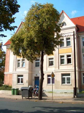 Rent this 2 bed apartment on Lohmannstraße 93 in 06366 Köthen, Germany