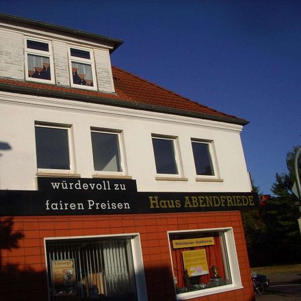 Rent this 3 bed apartment on Weizengrund 2a in 39130 Magdeburg, Germany