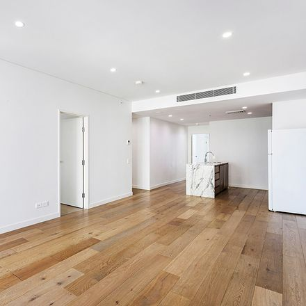 Rent this 2 bed apartment on 11 Alberta Street