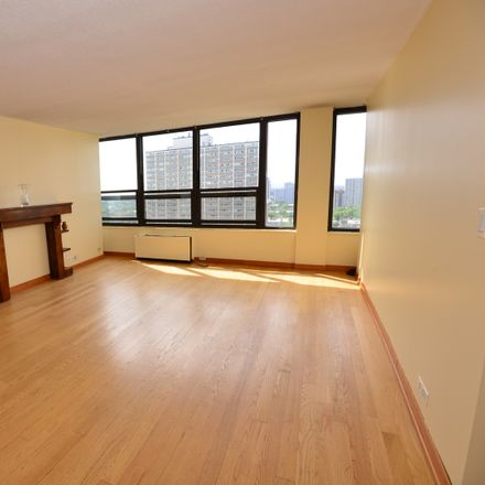 Rent this 1 bed townhouse on 5100 North Marine Drive in Chicago, IL 60640