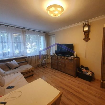 Rent this 3 bed apartment on Aleja Dębowa 7 in 53-121 Wroclaw, Poland