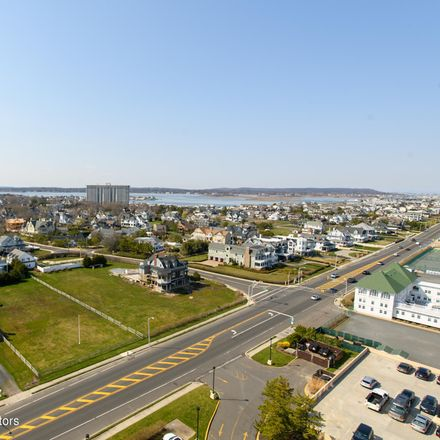 Rent this 2 bed condo on 55 Ocean Avenue in Monmouth Beach, NJ 07750