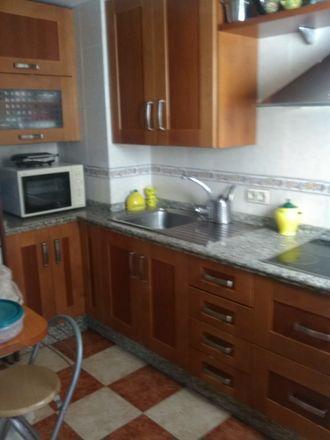 Rent this 3 bed apartment on Calle Esperanza de Triana in Sevilla, España