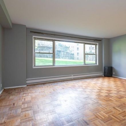 Rent this 1 bed condo on E Fordham Rd in Bronx, NY