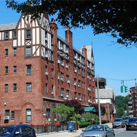Rent this 2 bed loft on 68 East Hartsdale Avenue in Town of Greenburgh, NY 10530