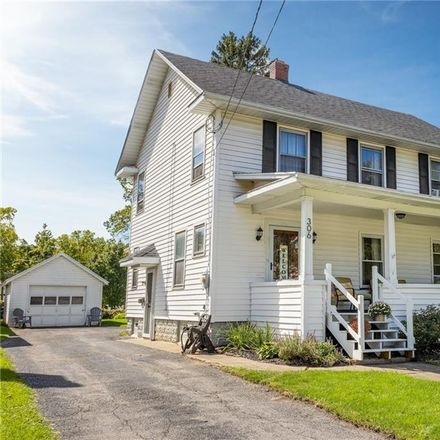 Rent this 3 bed house on 306 South Jackson Street in Batavia, NY 14020