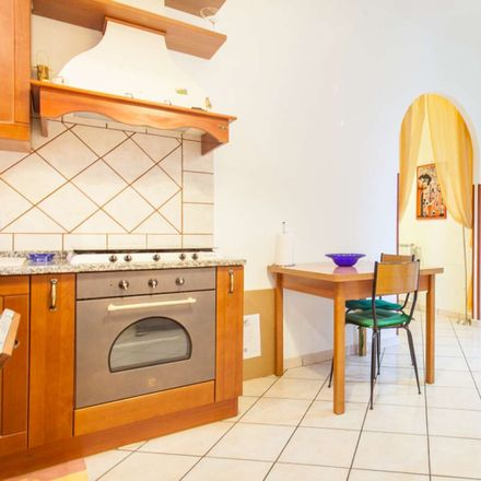 Rent this 4 bed room on Via Francesco Somaini