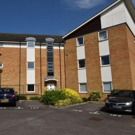 Rent this 2 bed apartment on Eddington Crescent in Stanborough, AL7 4SY