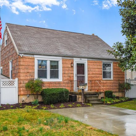 Rent this 4 bed house on 20 Chester Circle in Glen Burnie, MD 21060