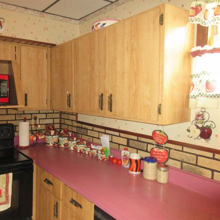 Rent this 2 bed house on 8th Ave in Dayton, KY