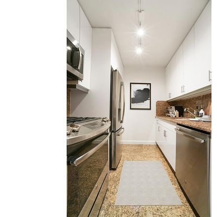 Rent this 1 bed apartment on 300 East 75th Street in New York, NY 10021