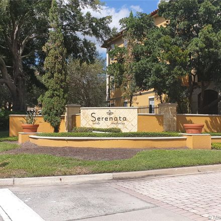 Rent this 3 bed condo on Metrowest Blvd in Orlando, FL