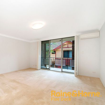 Rent this 2 bed apartment on 2/398 Great North Road