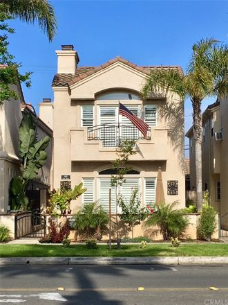 Rent this 3 bed house on 441 Lake Street in Huntington Beach, CA 92648