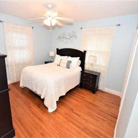 Rent this 3 bed house on 11 Geraldine Avenue in Town of New Hartford, NY 13413