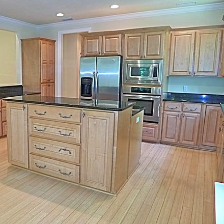 Rent this 3 bed townhouse on 102 Providence Park Circle in Saint Marys, GA 31558