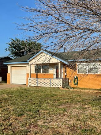 Rent this 3 bed house on 1004 Delmar Street in Midland, TX 79703