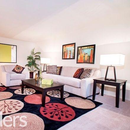 Rent this 2 bed apartment on Vienna Park Apartments in 212 Cedar Lane, Vienna