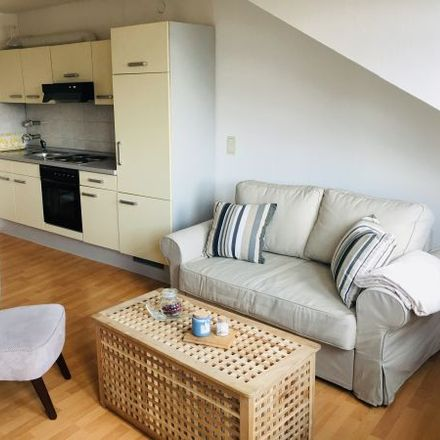 Rent this 2 bed apartment on Kaiser-Friedrich-Promenade 39 in 61348 Bad Homburg vor der Höhe, Germany