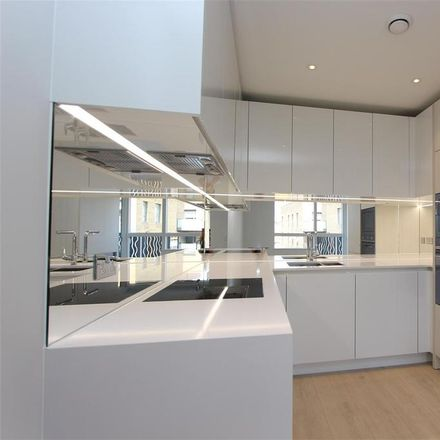 Rent this 2 bed apartment on Smithfield Square in Cross Lane, London N8 7QG