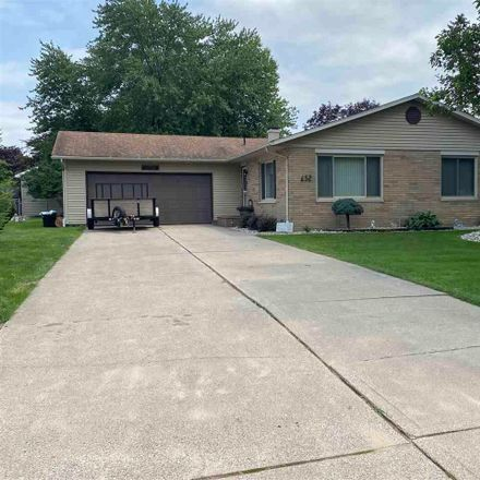 Rent this 3 bed apartment on N Frost Dr in Saginaw, MI