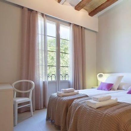 Rent this 4 bed apartment on Sense titol. Quatre Falques in Pla de Palau, CP 08003 Barcelona