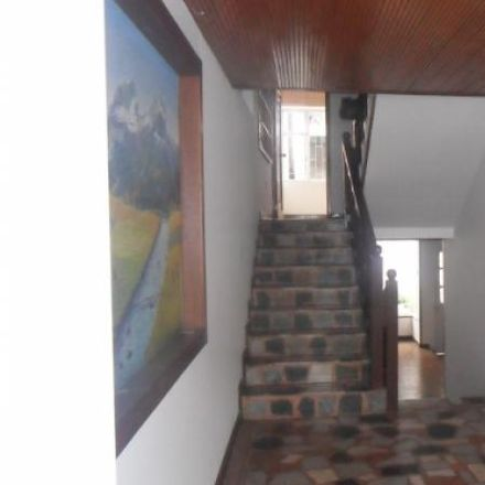Rent this 6 bed apartment on Pasy Mar in Calle 102A 49-10, Localidad Suba
