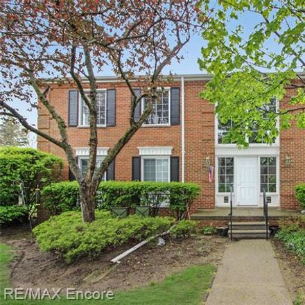 Rent this 2 bed condo on E Fox Hills Dr in Bloomfield Hills, MI