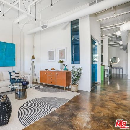 Rent this 1 bed apartment on 530 Molino Street in Los Angeles, CA 90013