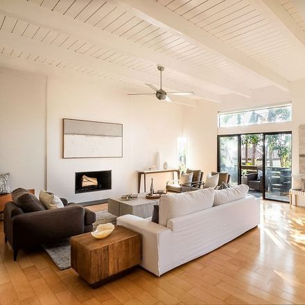 Rent this 3 bed house on 2417 Oak Avenue in Manhattan Beach, CA 90266