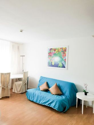 Rent this 2 bed apartment on Wielandstraße 33 in 60318 Frankfurt, Germany