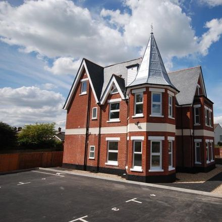 Rent this 1 bed apartment on Forest Veterinary Clinic in 7 Park Road, New Forest SP6 1EQ
