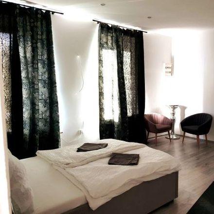 Rent this 5 bed apartment on Lorenz-Bayer-Platz 16 in 1170 Vienna, Austria