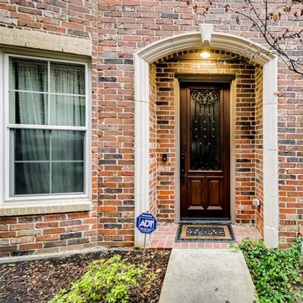 Rent this 3 bed condo on 3200 Ross Avenue in Dallas, TX 75204