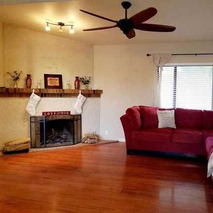 Rent this 3 bed house on 1663 West del Oro Lane in Yuma, AZ 85364