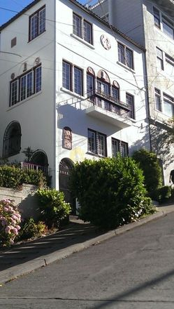 Rent this 1 bed apartment on 1115 Filbert Street in San Francisco, CA 90214