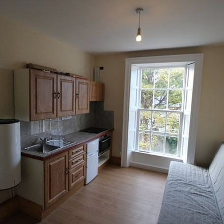 Rent this 1 bed apartment on Bread & Butter Gourmet Market in 94A Drumcondra Road Lower, Drumcondra