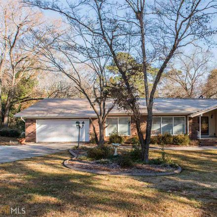 Rent this 3 bed house on 124 Echo Lane in Warner Robins, GA 31088