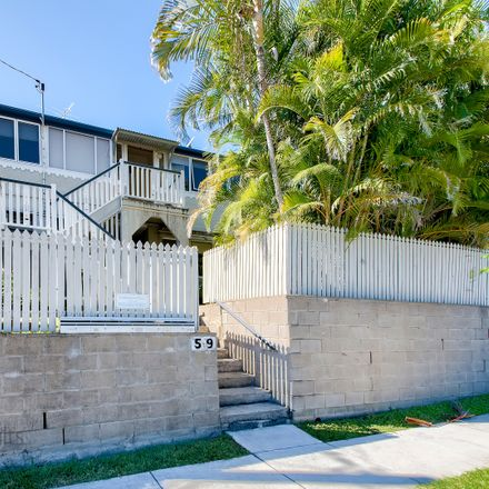 Rent this 1 bed apartment on 4/59 Ellena Street