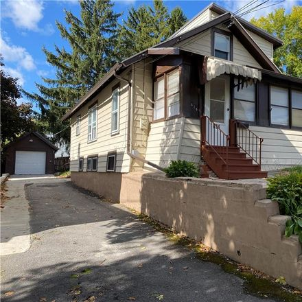Rent this 2 bed house on 624 Plymouth Drive in Syracuse, NY 13206