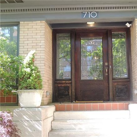 Rent this 4 bed apartment on 710 East Armour Boulevard in Kansas City, MO 64109