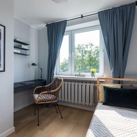 Rent this 5 bed room on Księdza Piotra Skargi 63 in 03-516 Warsaw, Poland