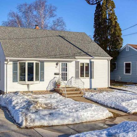 Rent this 3 bed house on 239 South Lincoln Street in Kimberly, WI 54136