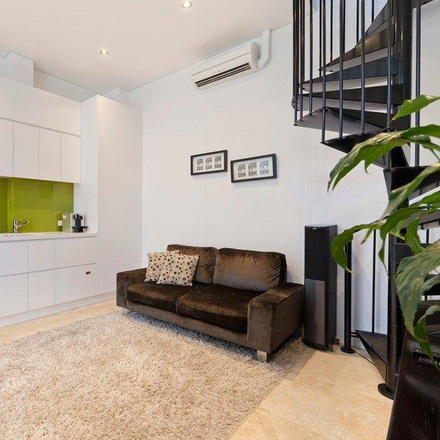 Rent this 1 bed apartment on 1A Belmore Street
