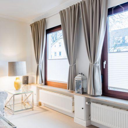 Rent this 2 bed apartment on Rissener Landstraße 14 in 22587 Hamburg, Germany